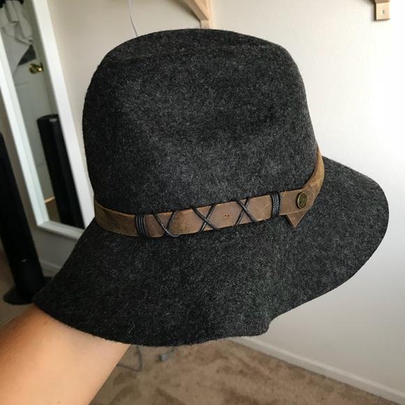 f81e3d1486ec7 Anthropologie Accessories - Floppy Brimmed Hat